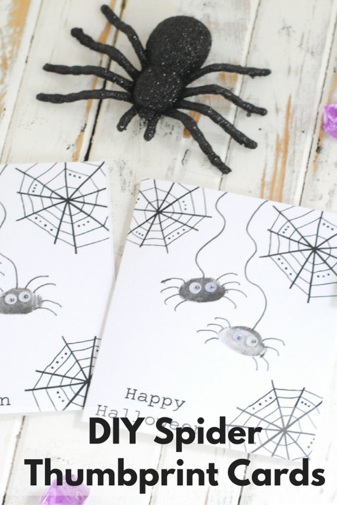 How to make a DIY spider thumbprint card for Halloween #Halloweencard #HalloweenDIY #spidercard